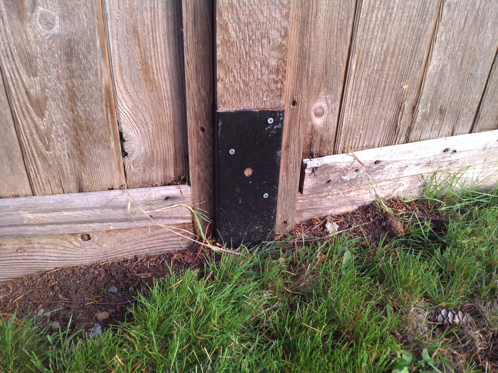 Repairing Leaning Fence Posts Tech Home Travel